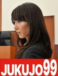 スレンダー美人人妻弁護士凌● 澤村レイコ 躰は素直にお漏らし編